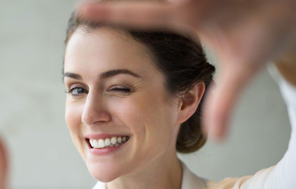 Косметическая реставрация скола фронтальных зубов